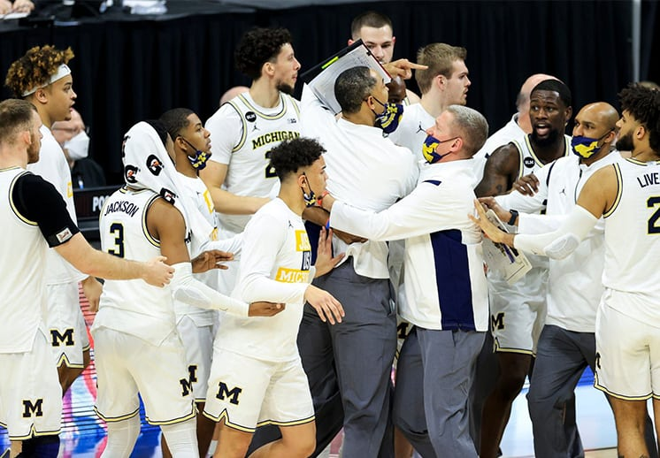 Michigan y Maryland a punto de acabar a golpes en la NCAA