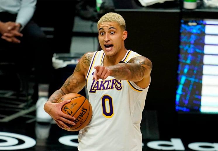 Los Lakers en problemas