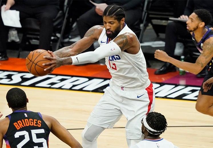 Paul George mantiene en la pelea a los Clippers
