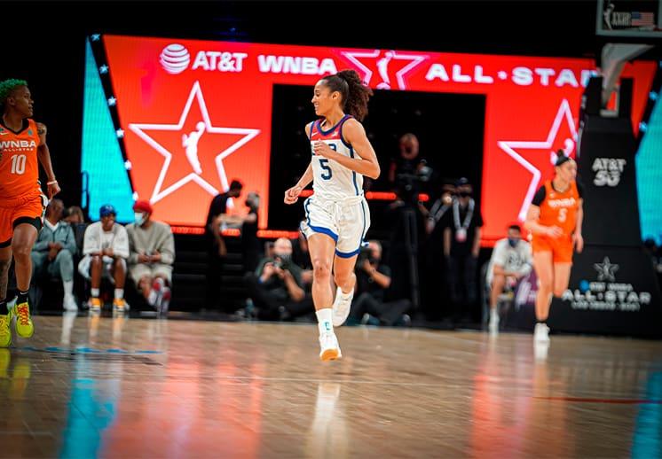 Las estrellas de la WNBA frenaron a la Selección Femenil de Estados Unidos