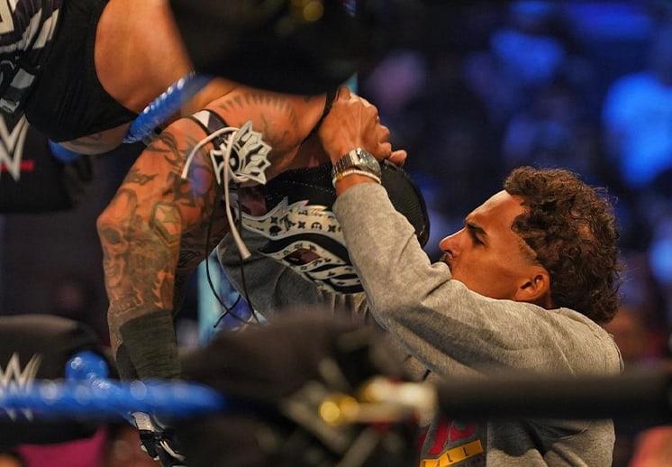 Espectacular regreso de Trae Young al Madison Square Garden… ahora con la WWE DEST