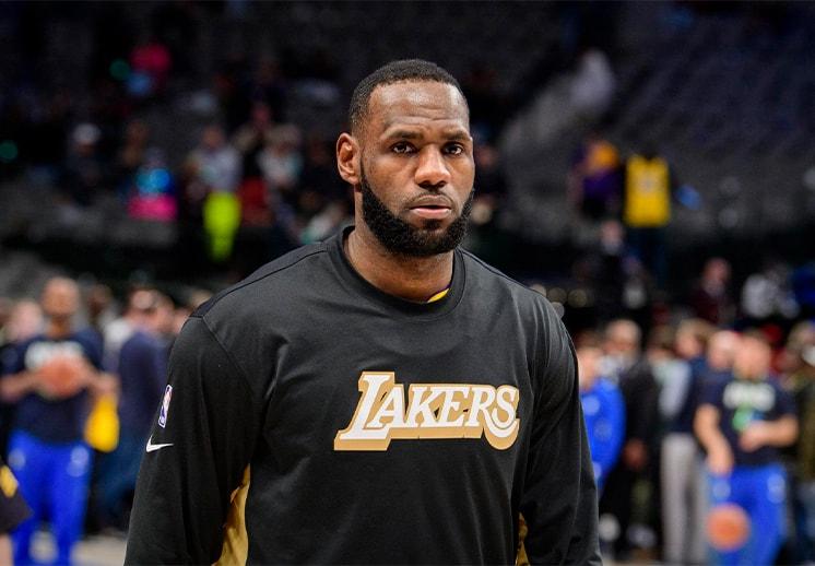 Listo el jersey con el nuevo número de LeBron James