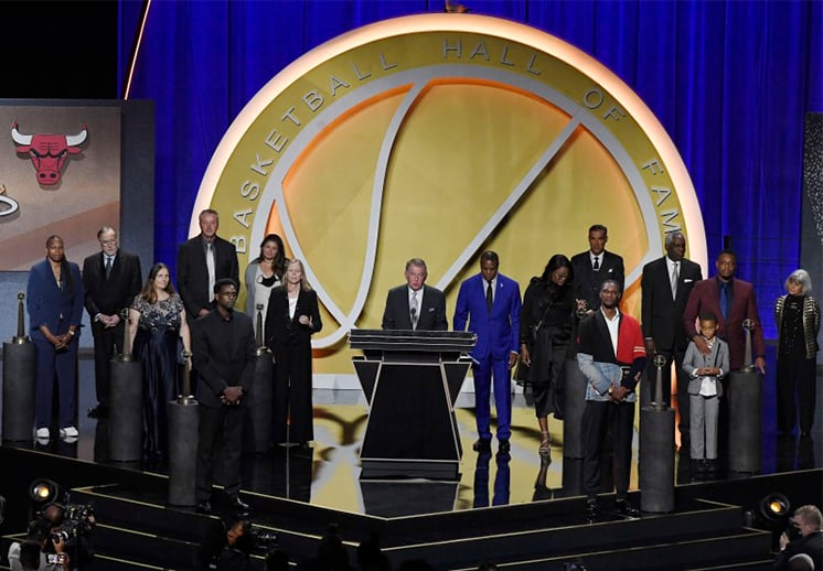 Pierce, Bosh, Webber y Kukoc en emotivo ingreso al Salón de la Fama