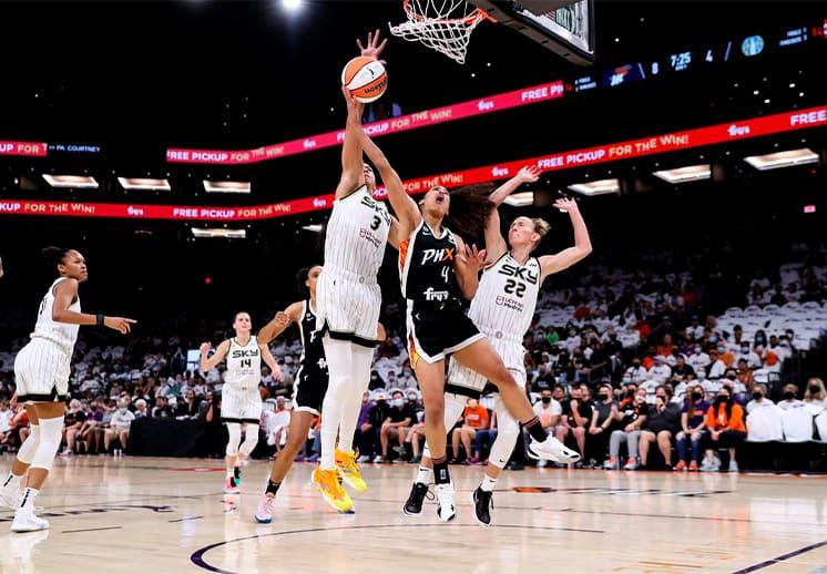 Chicago Sky toma ventaja en las Finales de la WNBA