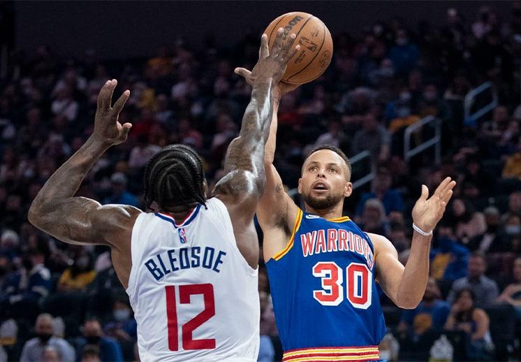 Stephen Curry tuvo una noche explosiva ante Clippers