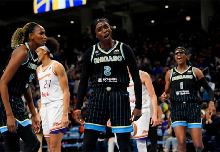 Paliza de Chicago Sky sobre Phoenix y se acercan al título de la WNBA